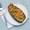 Bakłażan pieczony z komosą ryżową i warzywami